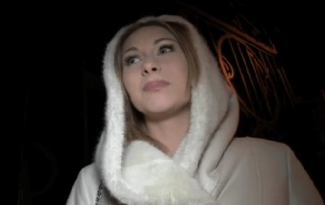 blondínka má veľký penis veľký péro kurva ázijské