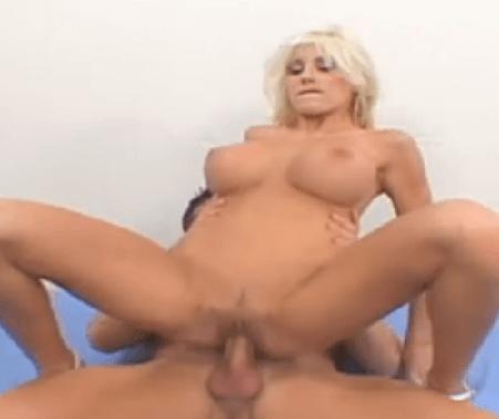 čierny chlapec sex s dievčaťom XXX videá za peniaze