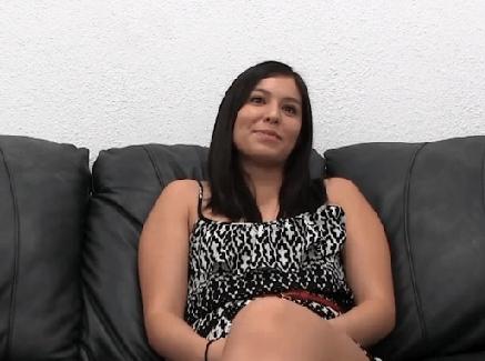 Porno s dvomi mužmi a jednou sexy ženskou.