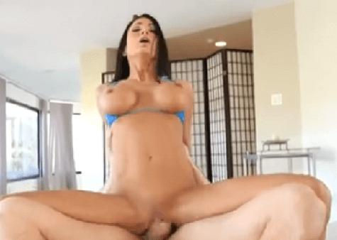 sex pri bazene